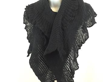 Black Frill Knit Scarf with a Wavy Petal Finish