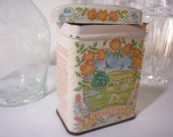 Shabby Chic Vintage Retro Kitchen Small Tin with Country Farm Scene