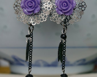 Earrings pink violet gunmetal skulls
