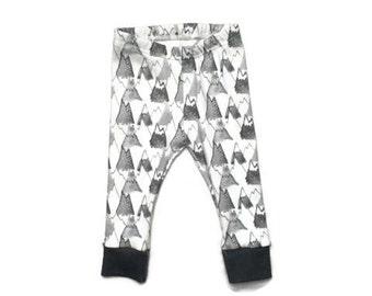 baby leggings // organic baby leggings // mountain leggings // organic baby clothes // baby gift // toddler leggings // baby leggings boy