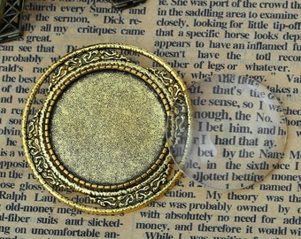 1 3/4 Inch Cabochon Tray with Dome and Pinback (2089)