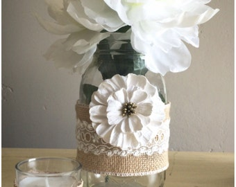 burlap and lace centerpiece wraps- with flowers