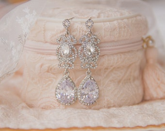 Teardrop Bridal Earrings, Floral Crystal Earrings, Bridesmaid Earrings, Chandelier Earrings, Swarovski Wedding Earrings, Bridesmaid Gift