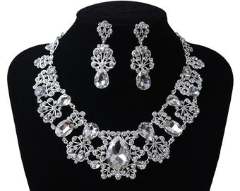 Silver Rhinestone Crystal Necklace Earring Jewellery Set