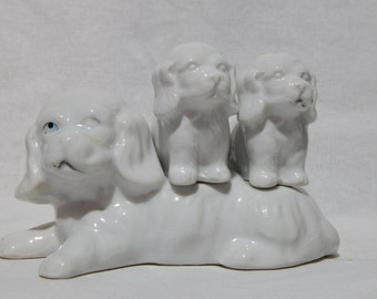 White Dog Trio, Mama and Her Puppies Salt and Pepper Shakers
