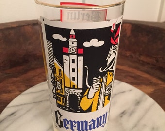 Vintage Graphic Retro Glass Tumbler with German City Names | Berlin, Hannover, Hamburg, Munich, Dresden, Frankfurt, Kiel