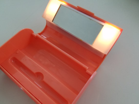Vintage Lipstick Holder With Mirror And Light