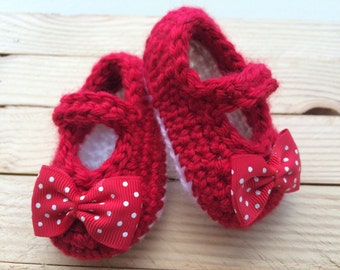 Crochet Red and White Baby Mary Janes (Newborn to 12 months), Baby Booties, Baby Booties, Crochet Mary Janes, Baby Shower Gift, Baby Shoes