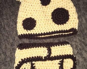Crochet giraffe newborn outfit