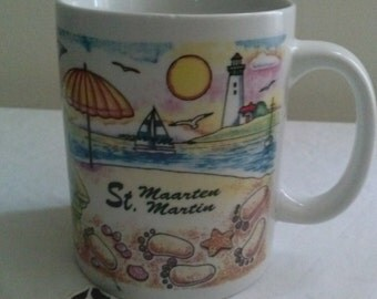 St.Maarteen/Martin Collectors Souvenir Coffee Mug* Displaying the Beauty Of the Birds and The Beach*