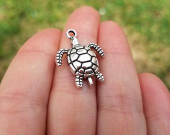 5 pieces Turtle Charm, Tortoise Charm, Sea Turtle Charm, Antique Silver Tone Turtle Charm B34054H