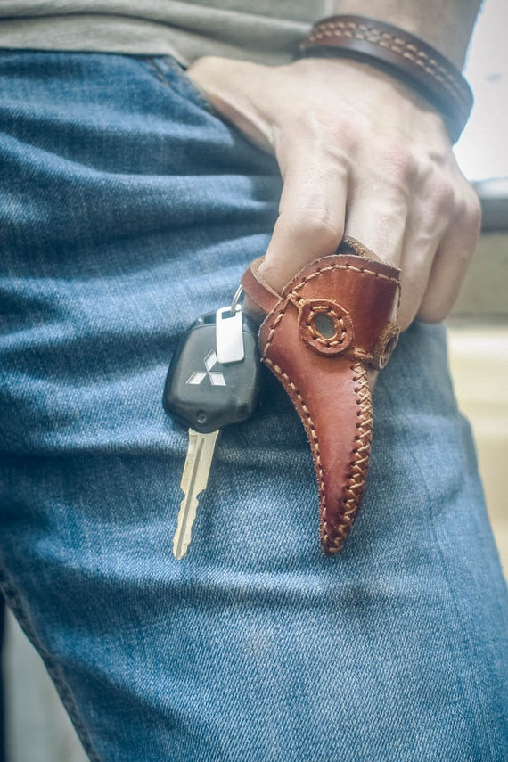 Keychain Plague Doctor Leather Mask Brown, Keyring Mask Brown, Medieval Bird Mask, Steampunk Keychain