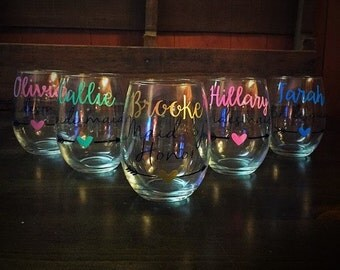 Bridesmaid Wine Glass, Maid of Honor Wine Glass