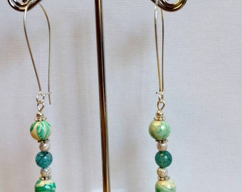 Green and white swirl drop earrings