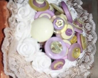Flower girl button bouquet