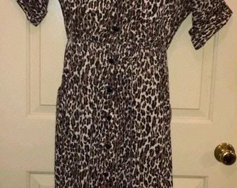 Vtg 1980s Leopard Print 3/4 Cuffed Dolman Sleeve Full Button Down Dress Sz M