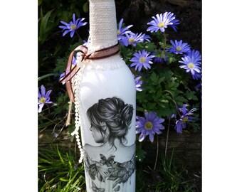 Decorative bottle, Shabby chic décor, Vintage Décor, Wedding Gift, Wedding Décor, Handmade Décor, Recycled bottle, decoupage bottle,