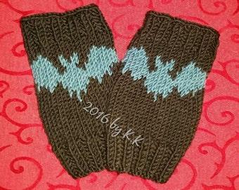 "Hand warmers, leg warmers, wrist warmers / fingerless mittens ""bats"""