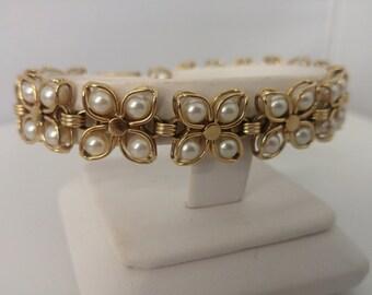 14kt Flower Link Pearl Bracelet