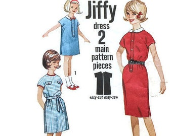 1960s Vintage Sewing Pattern - Simplicity 4779 - Girls Tunic Dress