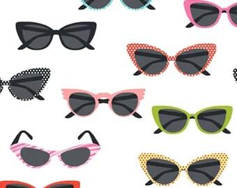 Riley Blake Glasses - vintage inspired novelty 50s sunglasses Fabric - White - Per 1/2 metre - 100% Cotton