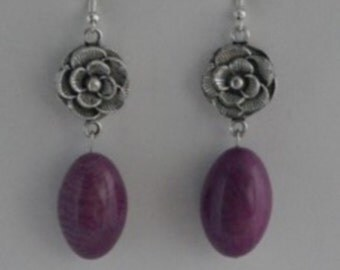 Olive purple and interlayer tagua earrings flower silver.