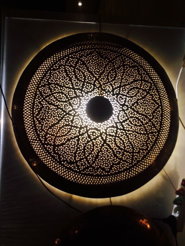 lampe applique murale ronde cisel e marocaine. Black Bedroom Furniture Sets. Home Design Ideas