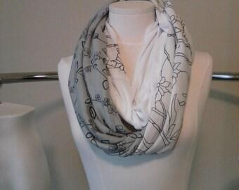 Three pattern spring scarf