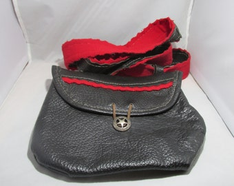 Red trim hunting bag