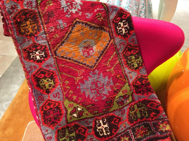 Türkische Karaman Yastik Teppich von MediterraneanHome23 auf Etsy