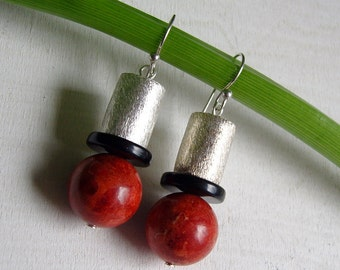 Long earrings with coral - 925 Silver