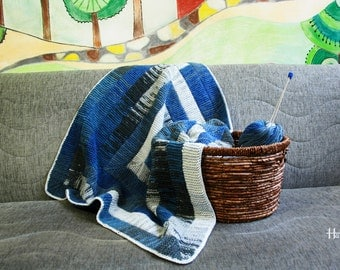 a sof and warm blanket for babies (0-18 months old)