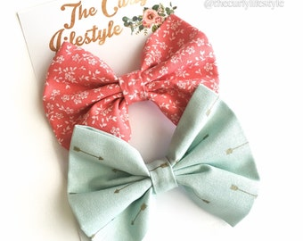 Set of 2 Bow Clips