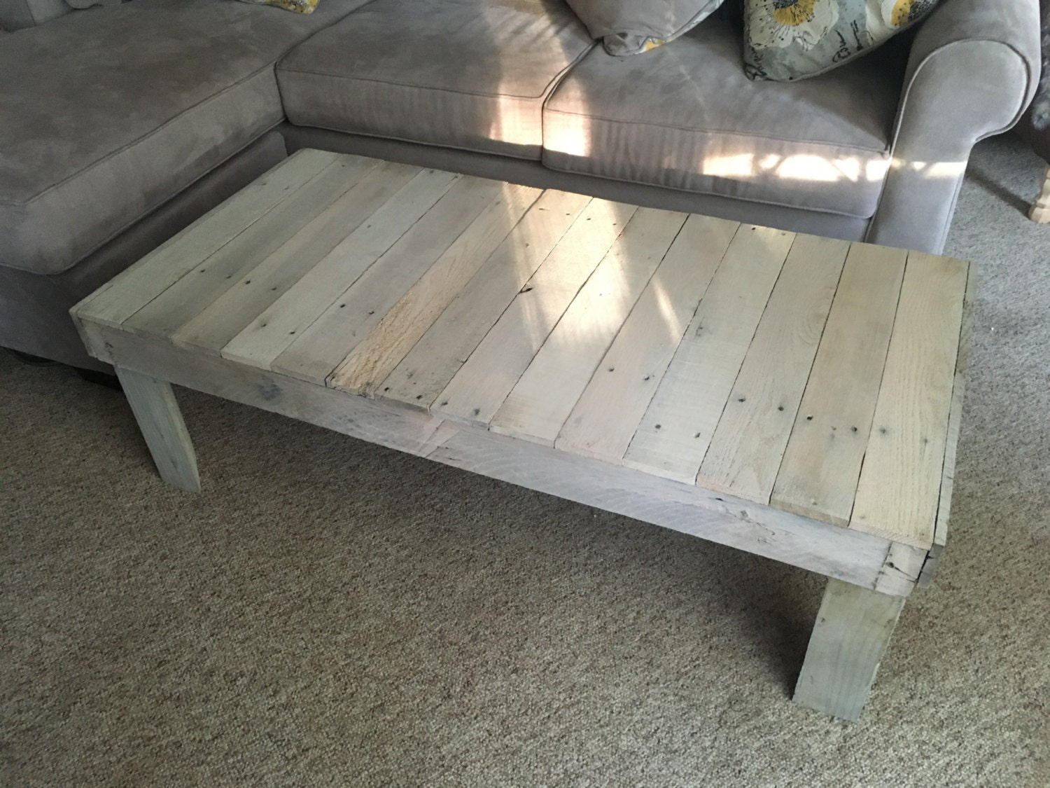 Wooden pallet coffee table for Coffee table made out of pallet wood