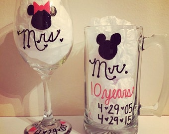 Mickey and Minnie matching glasses