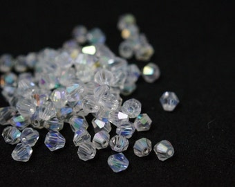 100 tops Crystal 4 mm BICONES