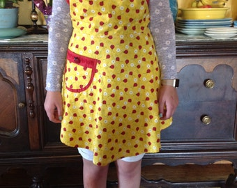 "Mommy & Me ""Ladybug Love"" Apron Adult Size"