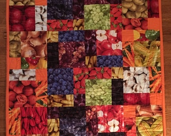 Farmers Market Table Top with Potholders