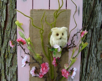 White Owl & Pink Flowers Barn Wood Art, Hanging Wall Decor, Shabby Chic Wall Art, Owl Wall Decor, Barn Wood Art, Pink Barn Wood with Owl