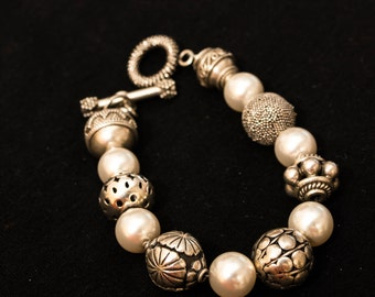 Pearl and Bali Silver Bracelet with Sterling Silver Toggel