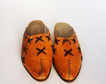 Handmade Women's (Yemeni) Shoes, Leather Shoes, Old Fashion Shoes, Now %25 Off