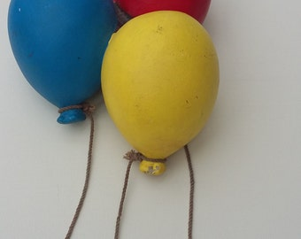 Vintage Pottery Balloons Ornamental Childrens Bedroom Decor Retro Primary Colours