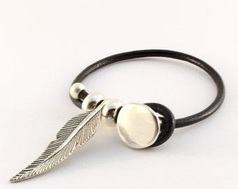Zamak feather bracelet