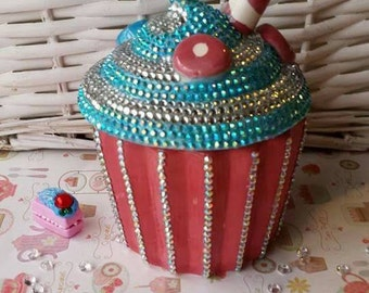 Ceramic Cupcake Trinket Box