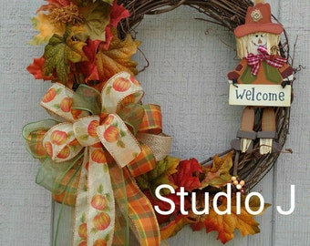 Fall Grapevine Wreath with Scarecrow