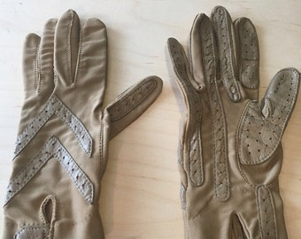 Tan Stretchy and Leather Gloves