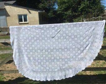 Vintage French Hand Crochet Table Cloth
