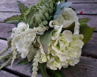 Green Hydrangea/Peony/Chrysanthemum/Amaranth Waterfall Bouquet