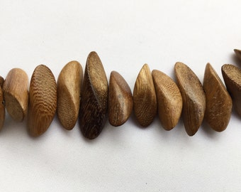 Robles twisted chunk, wooden bead strand, strand of beads, jewellery making supplies, jewelry supplies, bulk beads, wooden jewellery,