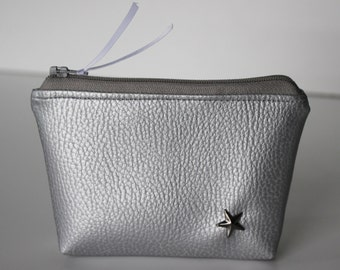Coin / silver faux leather card holder and Star